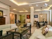 Квартиры,  Москва Курская, цена 113 821 659 рублей, Фото
