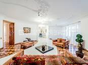 Квартиры,  Санкт-Петербург Гостиный двор, цена 600 000 рублей/мес., Фото