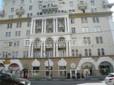 Здания и комплексы,  Москва Парк культуры, цена 2 400 000 рублей/мес., Фото