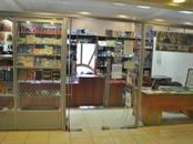 Магазины,  Санкт-Петербург Невский проспект, цена 84 000 рублей/мес., Фото