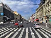 Магазины,  Санкт-Петербург Маяковская, цена 750 000 рублей/мес., Фото