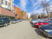 Магазины,  Свердловскаяобласть Екатеринбург, цена 180 000 рублей/мес., Фото