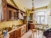 Квартиры,  Санкт-Петербург Горьковская, цена 60 000 рублей/мес., Фото