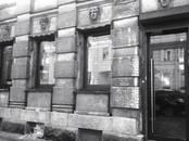 Магазины,  Санкт-Петербург Чкаловская, цена 25 000 рублей/мес., Фото