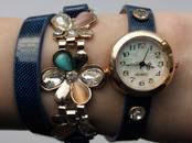 Драгоценности, украшения,  Часы Женские, цена 200 рублей, Фото
