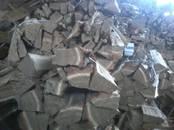 Дрова, брикеты, гранулы Дрова колотые, цена 1 900 рублей/м³ насыпной, Фото