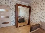 Квартиры,  Тюменскаяобласть Тюмень, цена 2 000 рублей/день, Фото