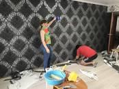 Строительные работы,  Отделочные, внутренние работы Поклейка обоев, цена 50 рублей, Фото