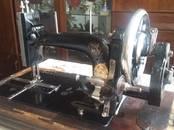 Антиквариат, картины,  Антиквариат Швейные машины, цена 21 000 рублей, Фото