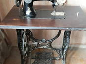 Антиквариат, картины,  Антиквариат Швейные машины, цена 30 000 рублей, Фото