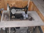 Антиквариат, картины,  Антиквариат Швейные машины, цена 15 000 рублей, Фото