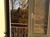 Квартиры,  Ленинградская область Киришский район, цена 2 000 000 рублей, Фото