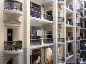 Офисы,  Москва Площадь революции, цена 2 000 000 000 рублей, Фото