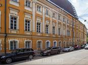 Здания и комплексы,  Москва Арбатская, цена 1 060 000 рублей/мес., Фото