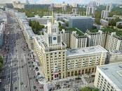 Здания и комплексы,  Москва Маяковская, цена 900 000 рублей/мес., Фото