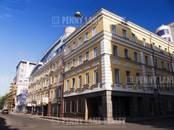 Здания и комплексы,  Москва Цветной бульвар, цена 2 400 001 164 рублей, Фото