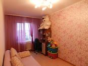 Квартиры,  Ленинградская область Киришский район, цена 3 150 000 рублей, Фото
