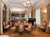 Квартиры,  Санкт-Петербург Гостиный двор, цена 250 000 рублей/мес., Фото